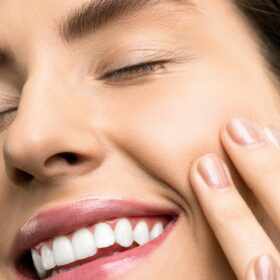 Zähne Verfärben Sich